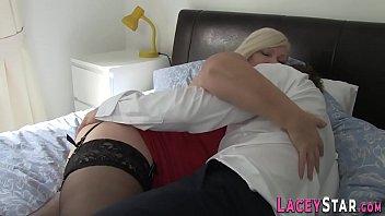 Fingerbanged brit grandma with big ass