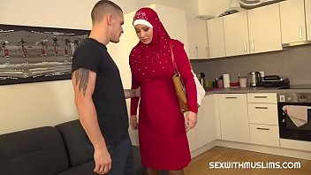 Video porn 2020 Guy punishes his tardy muslim girlfriend in TubeXxvideo.Com