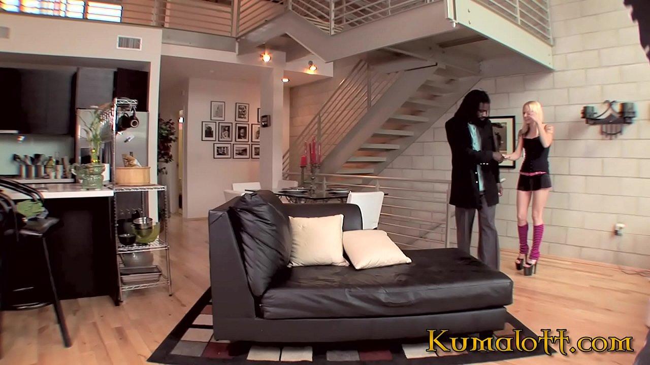 Kumalott - FAYE RUNAWAY Teenie Blonde hardcore interracial sex