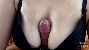 Hot Titfak bra with a gentle Blowjob .... Beautiful cumshot on tits - XSanyAny