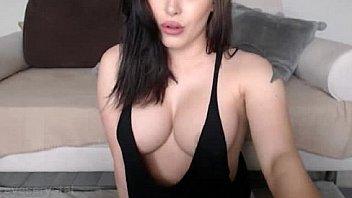 Horny beautiful girl orgasm smulate - XNXX.COM