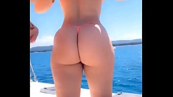 Free hot naked girl pics