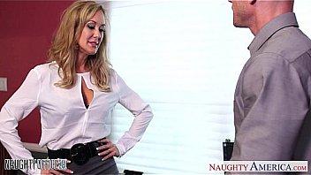 Stockinged office babe Brandi Love gets nailed