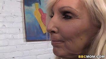 Busty Mom Tia Gunn And Angel Cakes Share BBC