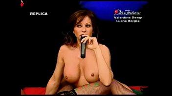 Luana Borgia, Valentine Demy