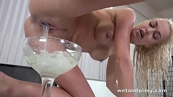Wetandpissy - Lena Love Returns