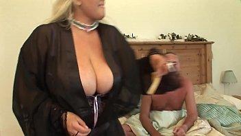 hyper sexy mom fucking