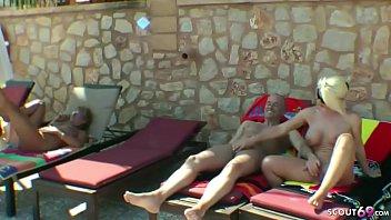 GERMAN GROUP - FFFM Gruppensex im Urlaub am Pool