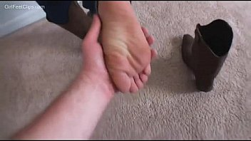 Goddess Foot Worship - More at FootWorship.CF