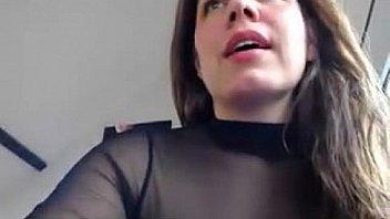 Rica secretaria en la webcam