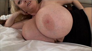 Mature milf with huge melons bangs in Mom Big Tits Video
