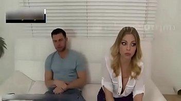 الشرموطة تتناك مع زوج بنتها بعد ان تركتهم وحدهم بالبيت - الفيلم كامل من هنا :http://bit.ly/2Tgotko