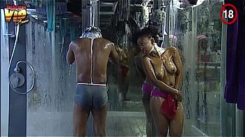 Big Brother Africa Nude Shower Hour (Day25) Goitse, Sipe & Trezagah