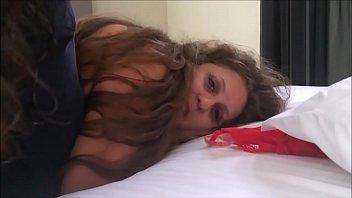 filmei o pau gigante arretar minha esposa POV - corno realmente amador - completo no red