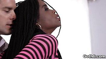 Ebony hottie Mya Mays fucked deep ANAL