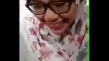 Indonesian hijab girl watching full movies free