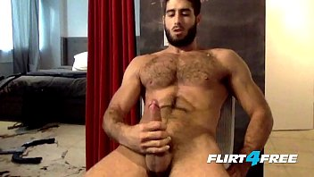 Flirt4Free Guys Cam Hunk Diego Sans Sprays His Thick Load On His Hairy Chest