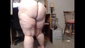 mom Juicy ass
