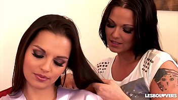 Eve and Simony Diamond's lick each other's pussy and asshole