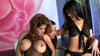 Busty lesbian videos deauxma