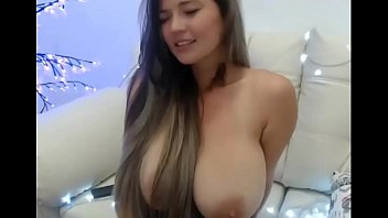 Sexy latina cam | See more like her at sexcambox.net