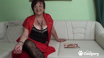 Dumpy mature granma gets fucked and cumshot on her face