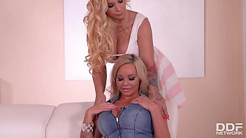 Blonde Stunner Rachele Richey Fucks Busty Kyra Hot With Black Dildo