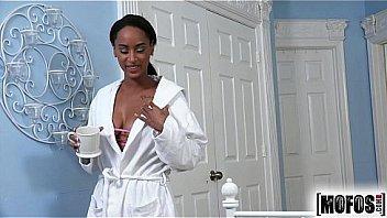 Mofos.com - Elisse - Ebony Sex Tapes