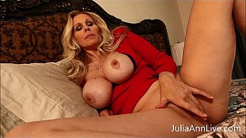 Julia Ann Busty Blonde Milf And Dildo