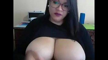 Giant boobs on cam