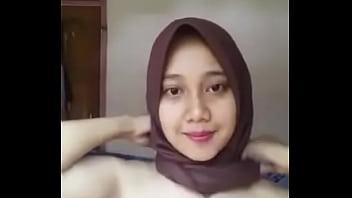 Download Video Jilbab sange - xnxx