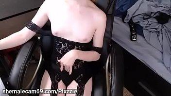 Pedicured toes teasing tgirl showing barefeet