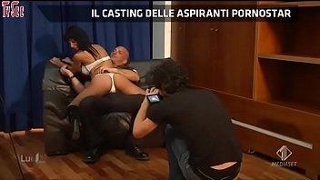 cecilia capriotti - beatrice rocco - naike rivelli - giglian [01]@Lucignolo2.0 01.12.13TvSee