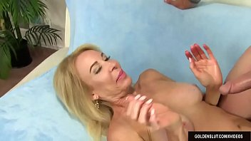 Horny Older Woman Takes a Big Prick in Her Mouth & Cunt