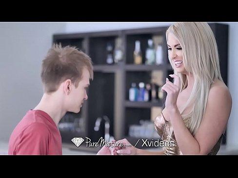 Busty blonde sluts fucking