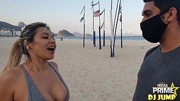 Realizei meu sonho na Praia de Copacabana ,comi Monique Lopes atriz pornô ,Obrigado Festa Prime Completo No Red
