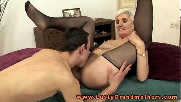 Granny mature pussy pics