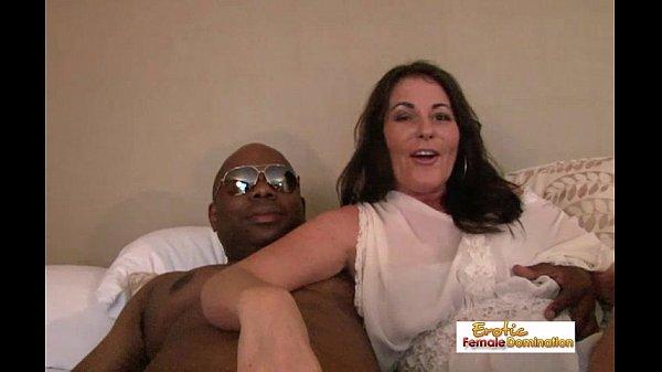 Porno Mature Interracial