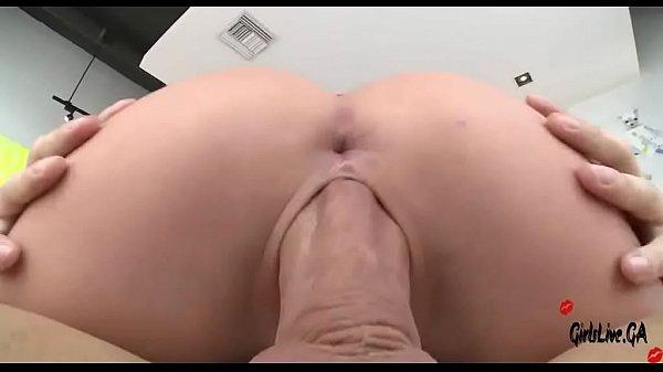 Nude dream selfies