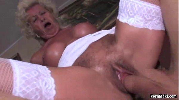 Xxx African queen anal porn video tube