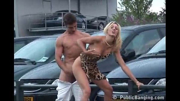 Hot porn in car