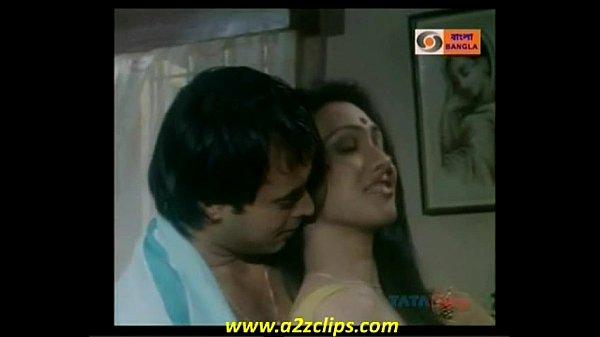 Rituparna Sengupta showing boobs