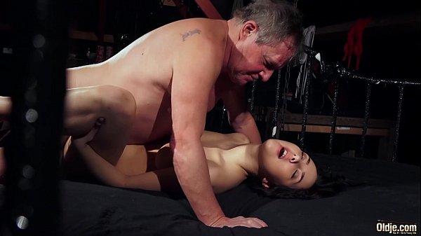 Gallery porno skinny thai hairy pussy