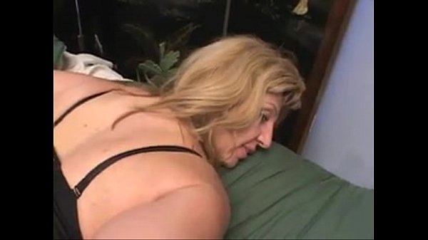 Mature Gets Bbc Creampie