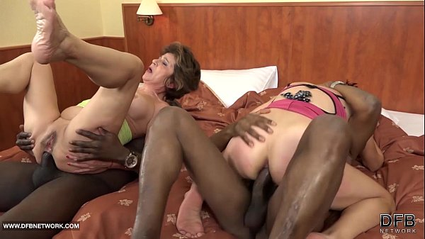 interracial oma sex - Granny group interracial fuck the grannies suck black cocks and anal sex -  XNXX.COM