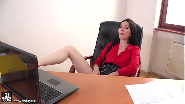 Hot hungarian office milf gets anal sex