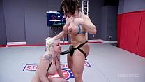 Big boob Lesbians Wrestling As Leya Falcon batt...