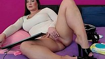 Chubby brunette teasing on webcam صورة