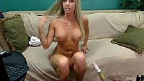 Busty Samantha Saint Live Sex Machine Cam - more on horny-cams.net's Thumb