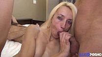 Blonde sexy en gangbang derrière le dos de son mari Thumbnail